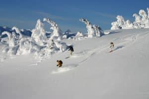 Pour les amoureux du ski, le Canada est la destination idéale.
