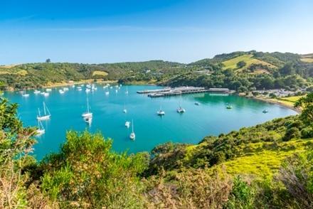 Waiheke Island se trouve au large d'Auckland en Nouvelle-Zélande, une belle visite.