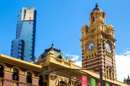 La Flinders Street Station à Melbourne en Australie est à visiter lors de votre VVT.