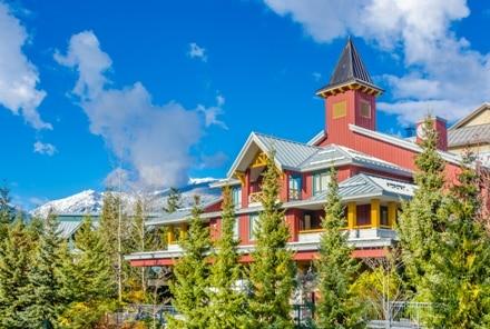 Au Canada, nombreux sont ceux à choisir Whistler pour leur PVT pour ses montagnes.