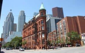 Découvrir Toronto lors d'un PVT Canada