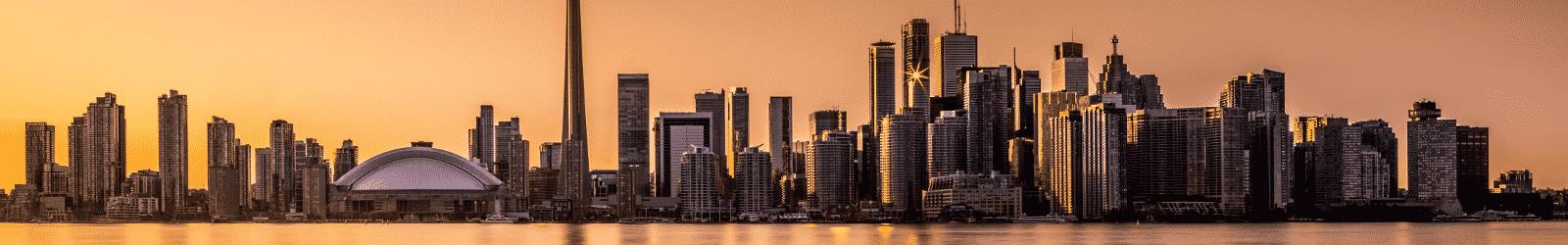 Gardez des souvenirs inoubliables de Toronto au Canada grâce à votre PVT.