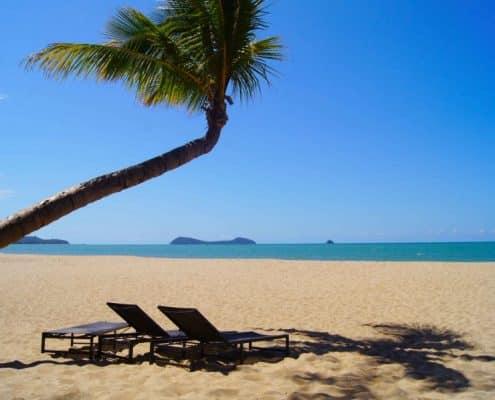 Après l'école, repos sur la plage de Kewarra Beach