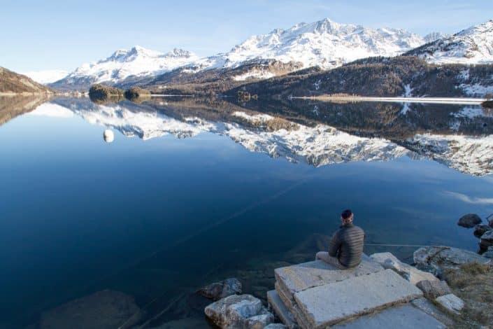 Peur de voyager seul : découvrez les atouts du voyage en solitaire